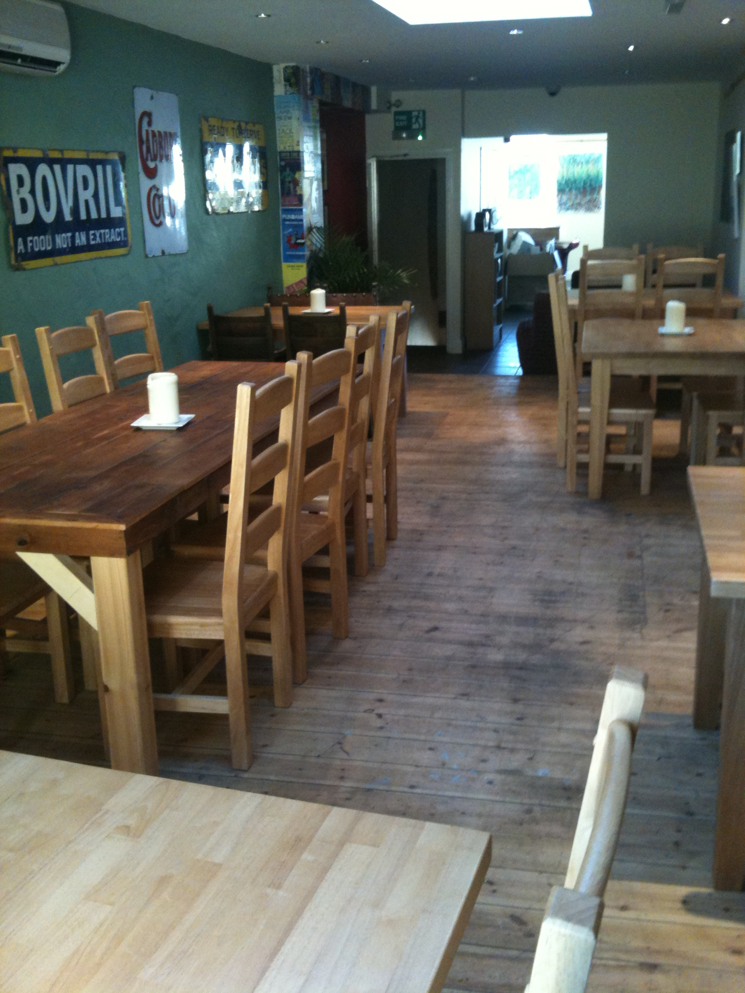 Woods wine bar yeovil food drink for Food bar somerset mb