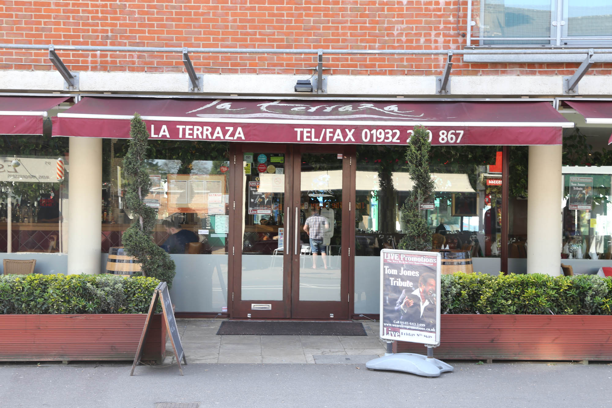 La Terraza Walton On Thames Food Drink