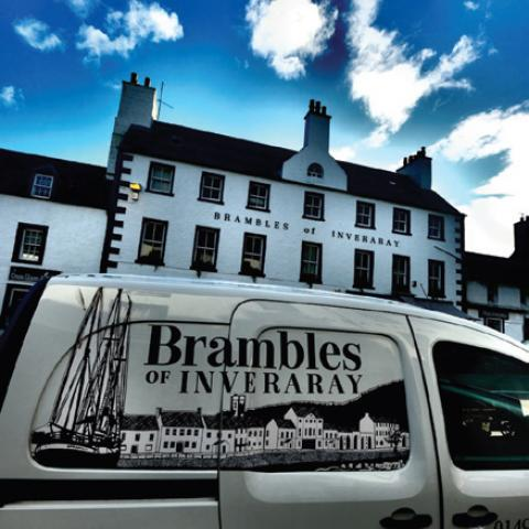 Brambles Café Bistro with Boutique Rooms