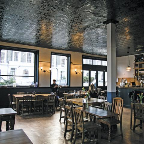 The Lansdowne Pub & Dining Room
