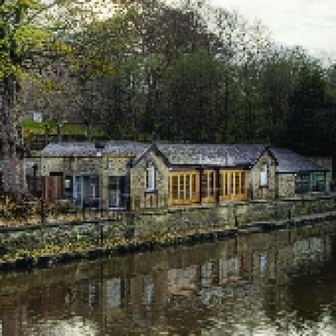 The Boathouse Inn