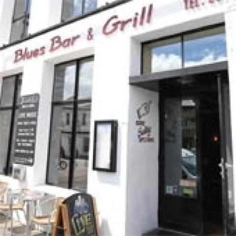 Blues Bar & Grill