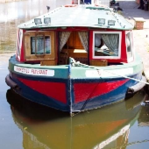 The Kirkstall Flyboat